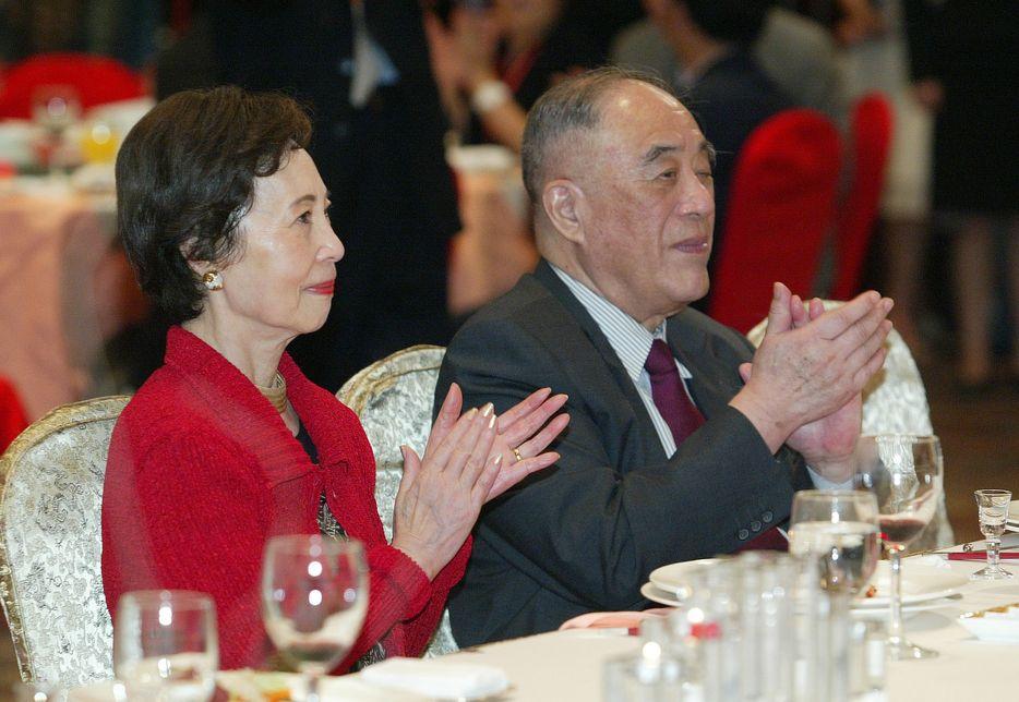 唐翔千、遺孀唐尤淑圻。資料圖片