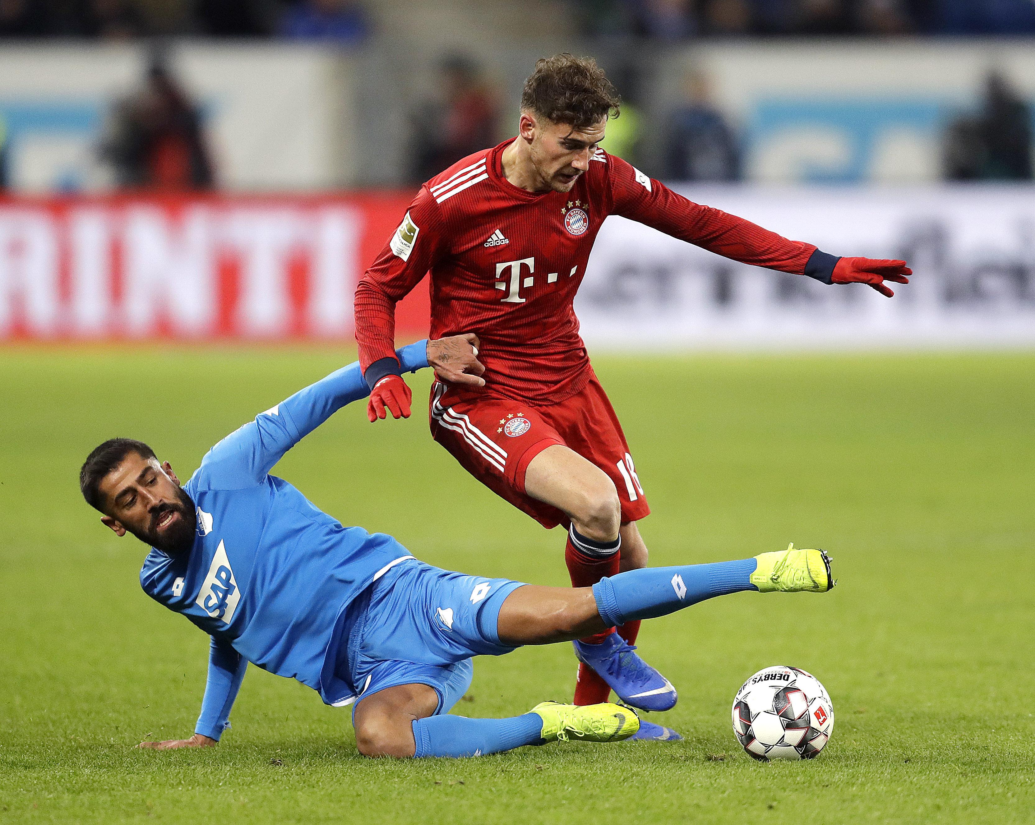 拜仁18戰得39分排積分榜第2位。AP