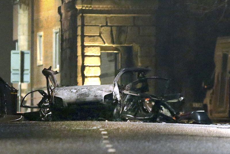 發生爆炸的汽車損毀嚴重。AP