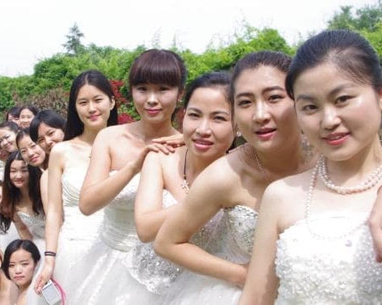 有公司特设「新春相亲假」给30岁以上未婚单身女员工。网图