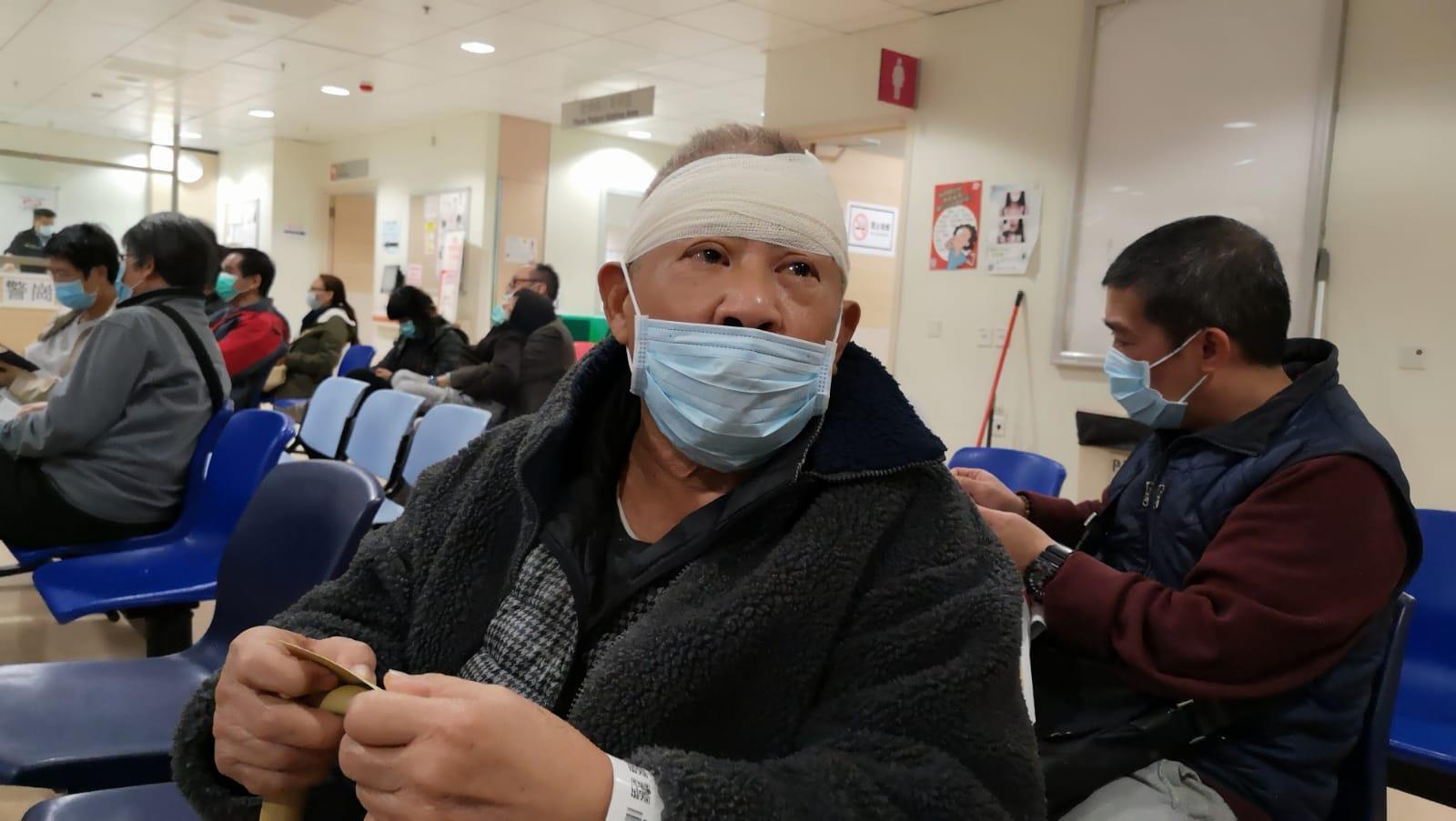 85歲的吳伯伯頭部受傷。