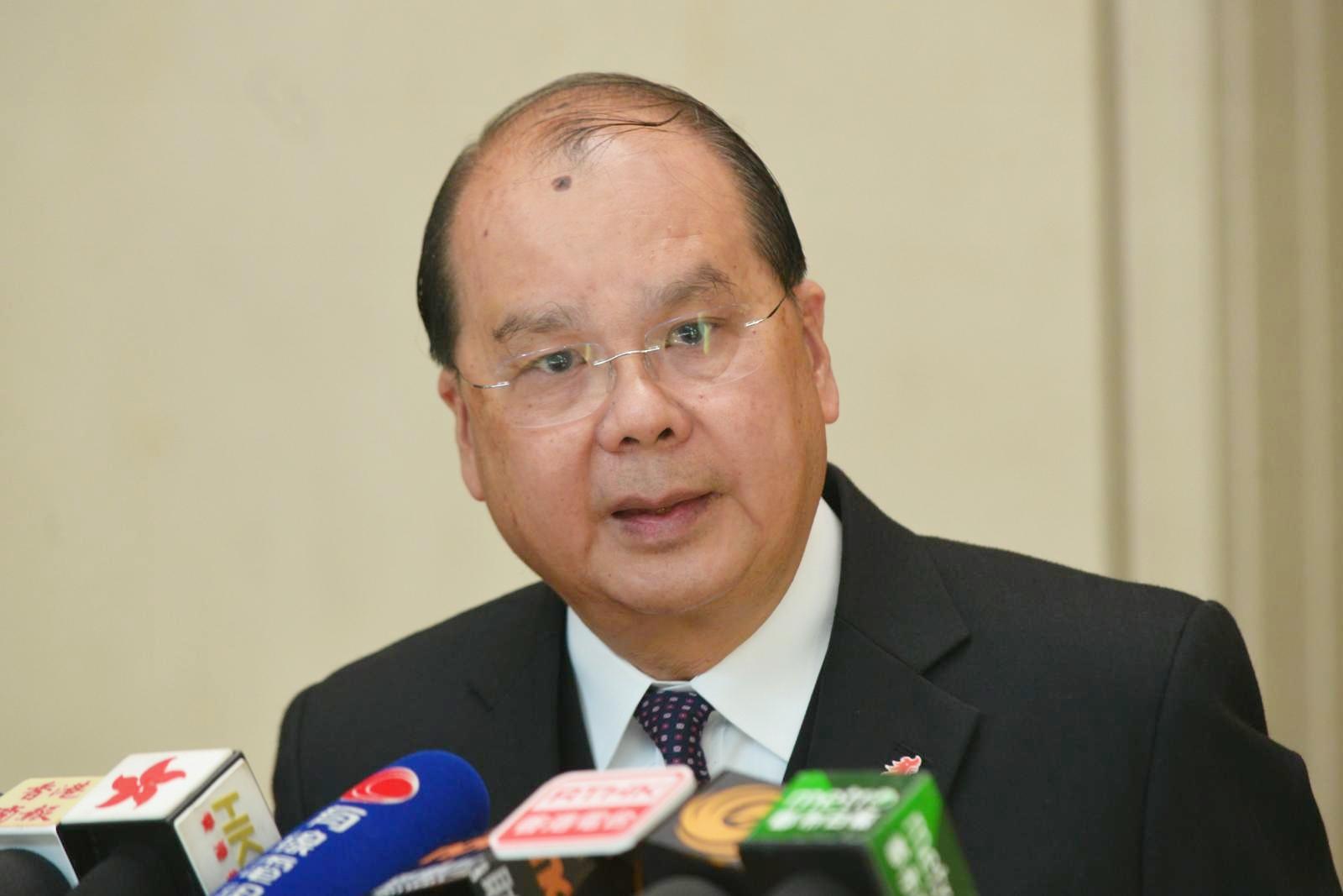 张建宗称已要求各区民政谘询中心加印申领表格。