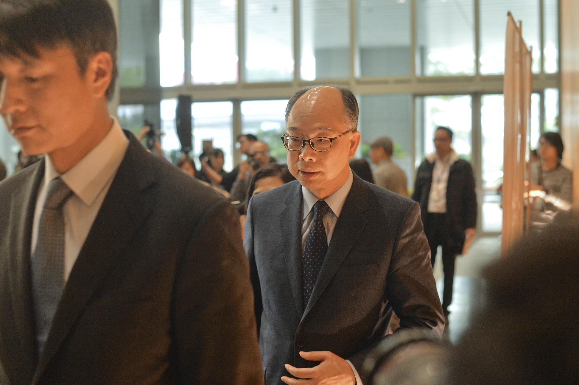 陳帆宣布明日不會向立法會大會提交三隧分流議案。