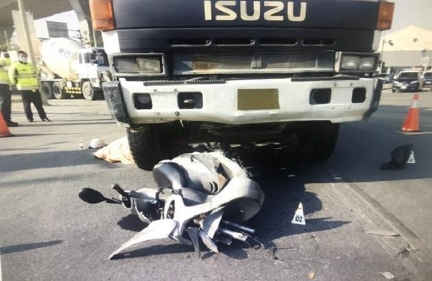 涂女遭混凝土车辗毙。