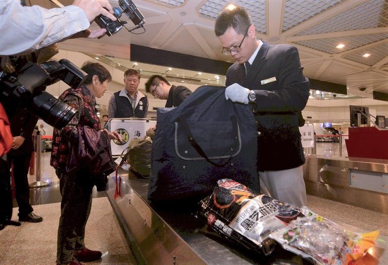 【非洲豬瘟】攜肉製品赴台須即場繳20萬台幣罰款 否則旅客禁入境