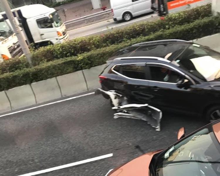 龙翔道近钻石山有私家车失事。突发事故报料区Howard Tang 图片