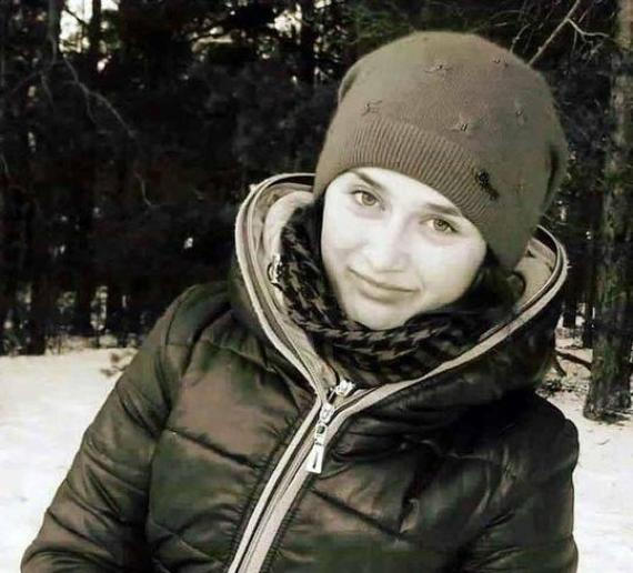 在-20℃荒野凍死的伊莉娜。