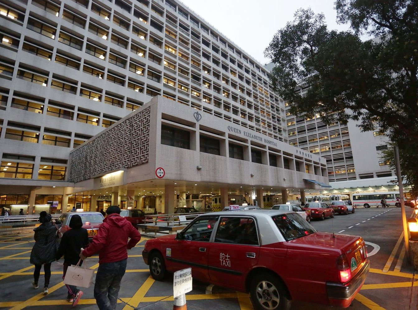 伊利沙伯醫院已根據既定指引加強感染控制措施。資料圖片