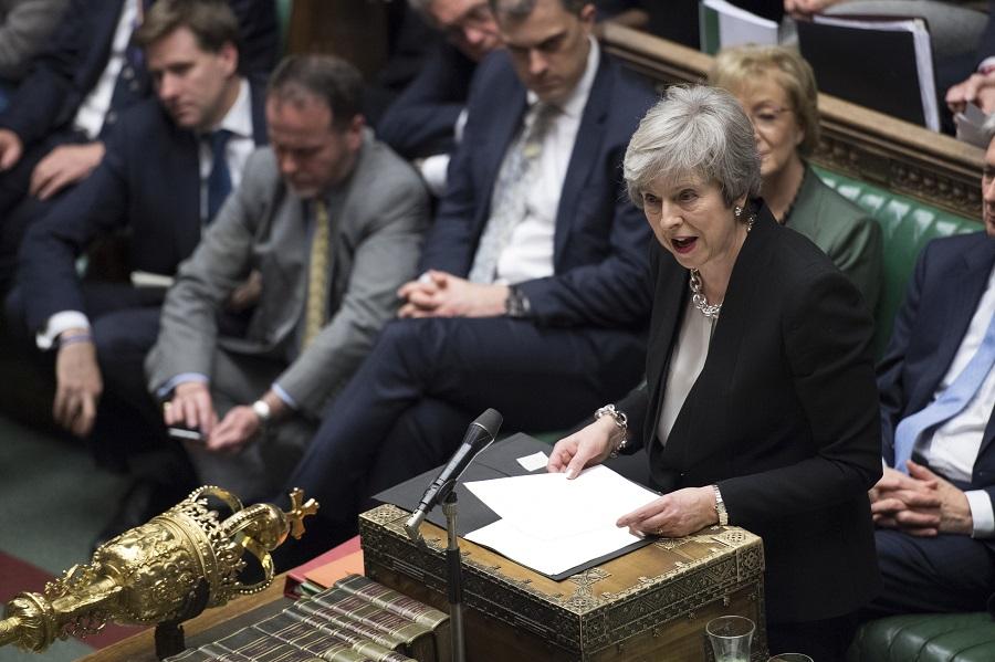 文翠珊表示,会寻求与欧盟重新谈判脱欧协议,以作出重大及具有法律约束力的调整。美联社