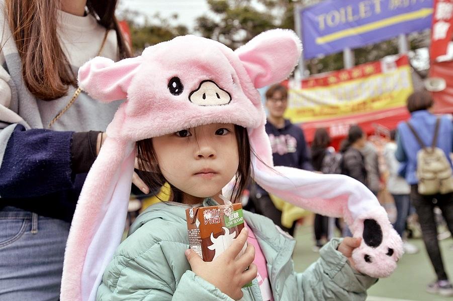 各式豬仔造型產品推出。