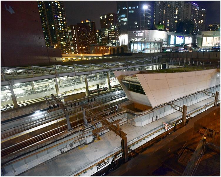 紅磡站工程問題愈揭愈多。