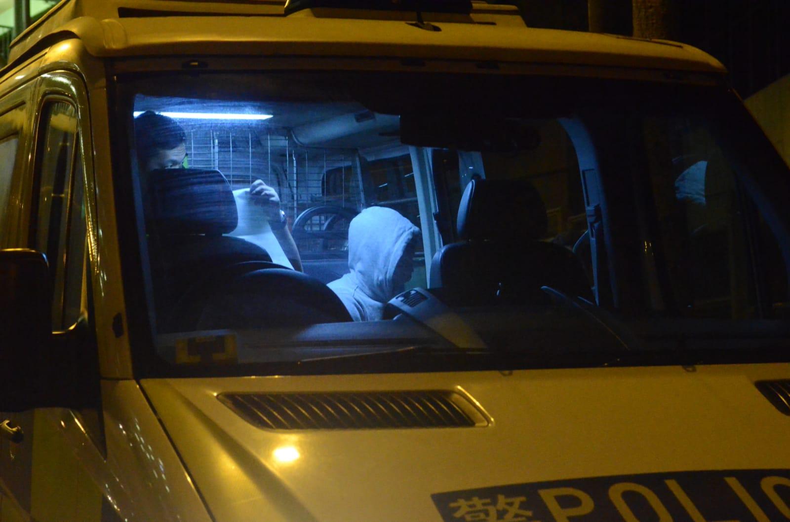 司机协助警方调查。