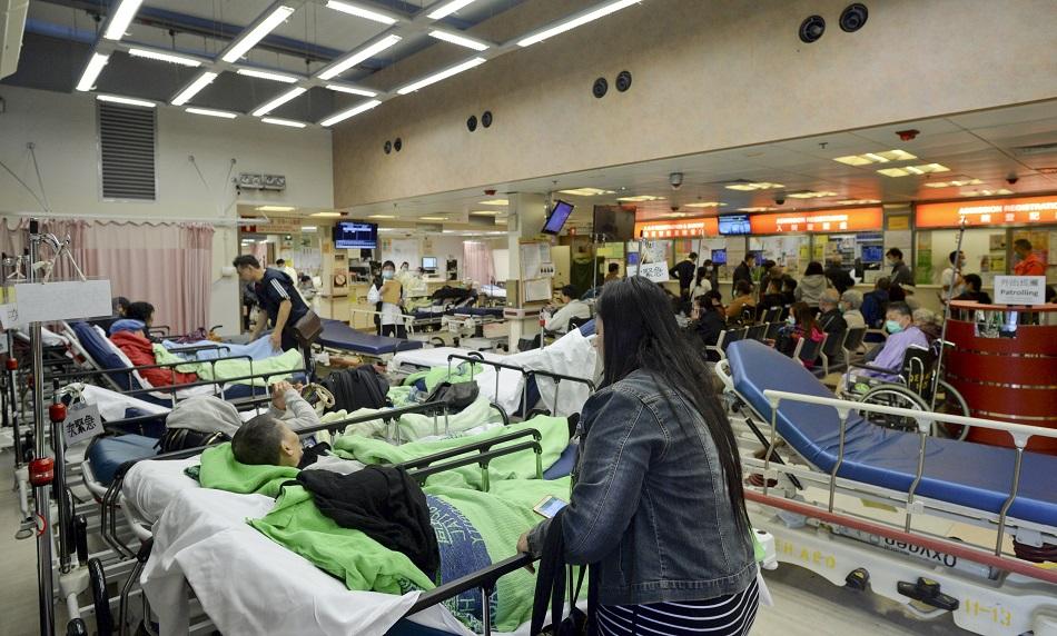 醫院管理局料未來數日出現急症室求診高峰。資料圖片