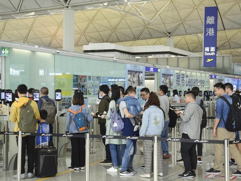 華航機師罷工來往台港兩地航班受影響。