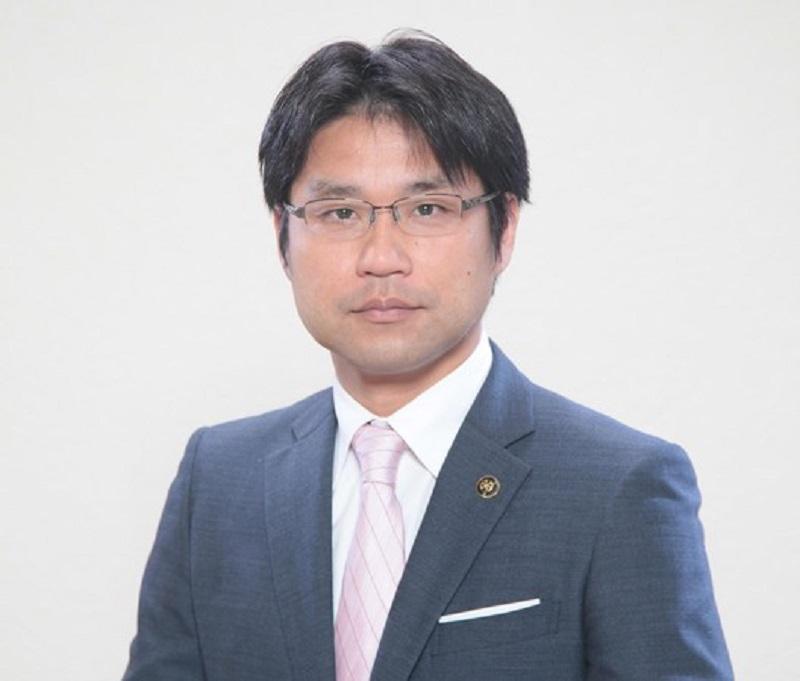 西岡晃再度當選市長。網上圖片