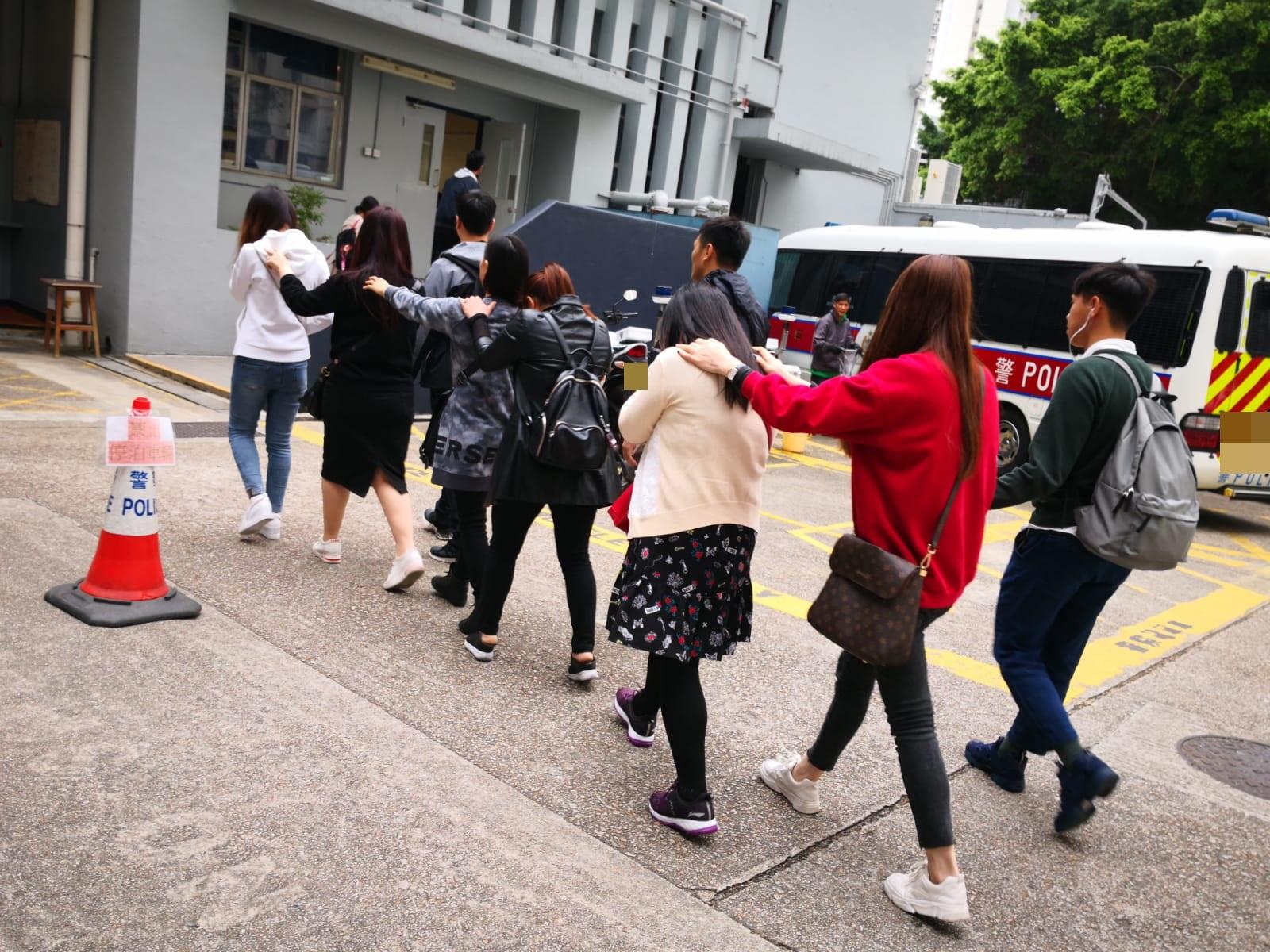 部分被捕女子。警方圖片