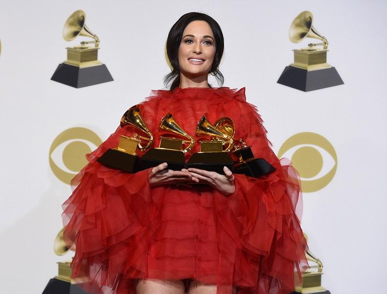 鄉謠歌手Kacey Musgraves奪4獎成大贏家。AP
