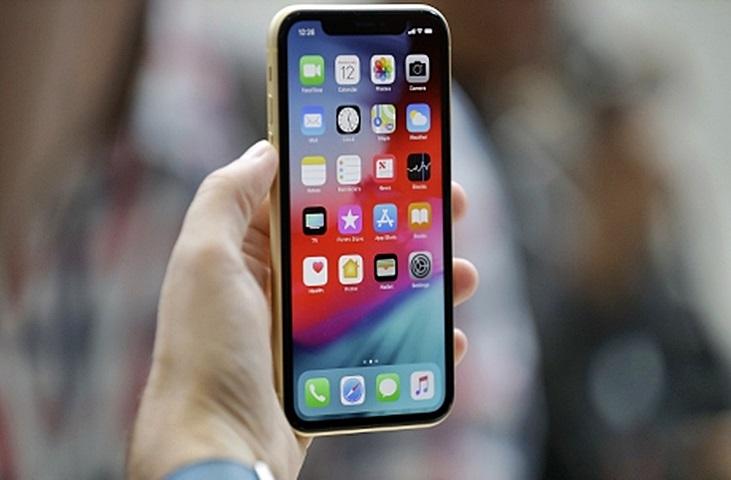 電訊商網店iPhone劈價 淨出機減逾2000元