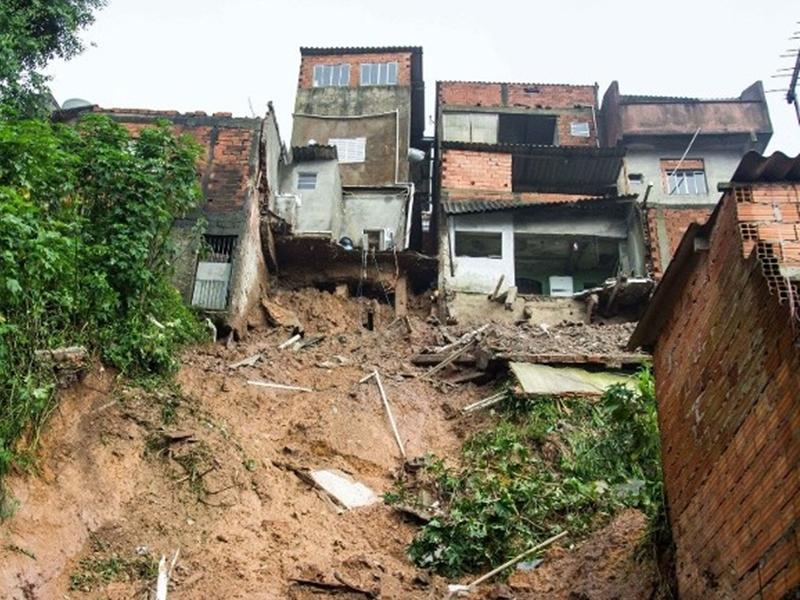巴西發生山泥傾瀉。網圖