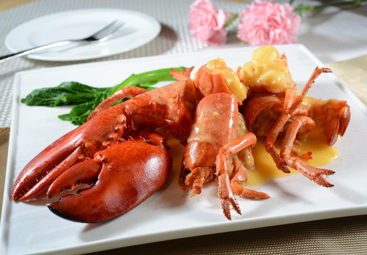 13人食自助餐後不適,曾食生蠔龍蝦。資料圖片