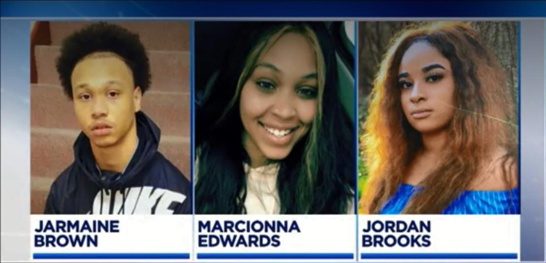 私家车上3名青年死亡。新闻截图