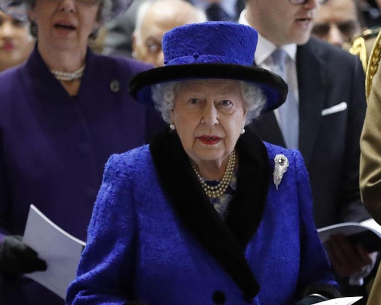英女皇将主持威尔斯亲王册封50周年宴会。