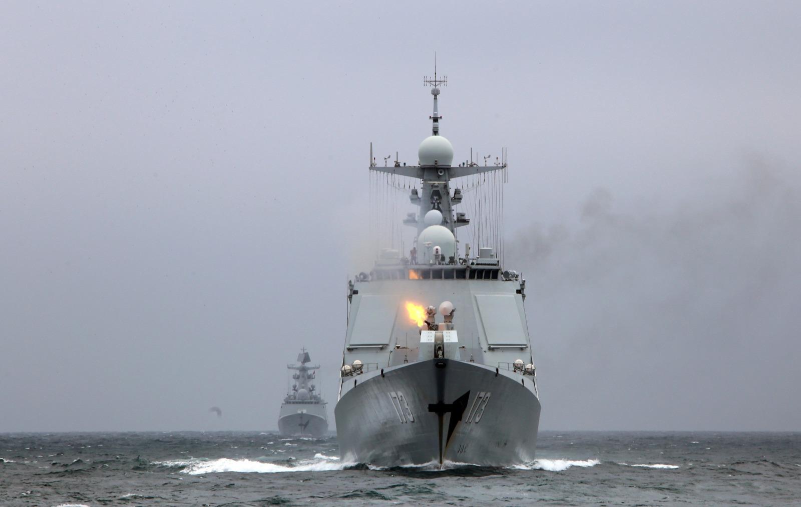 解放军在南海进行为期3天的实战训练。网图