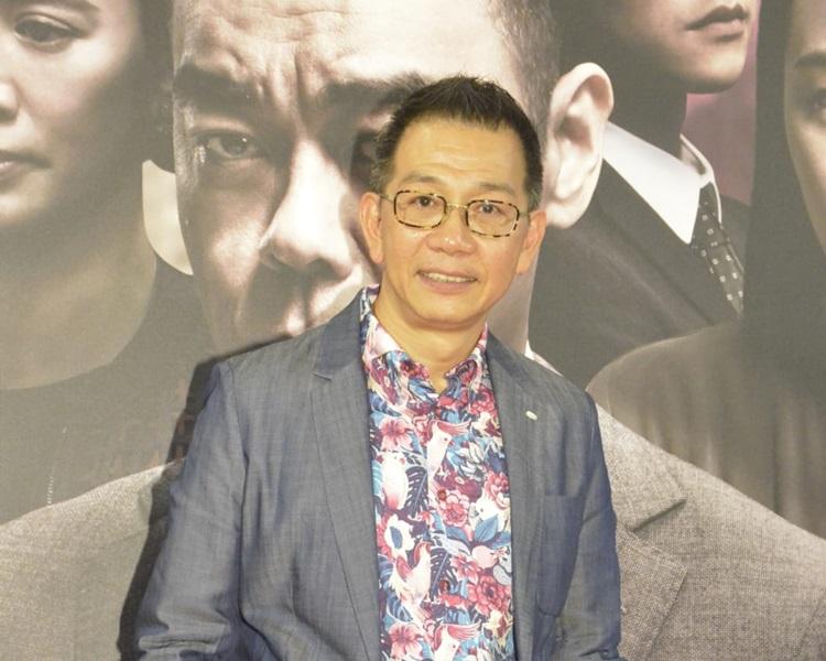 袁富華透露拍戲搞到聲沙。