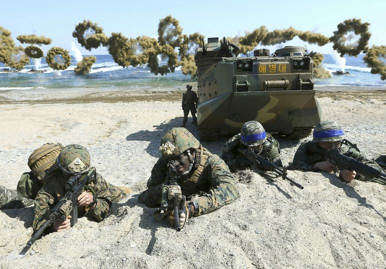特朗普抱怨美韩联合军演费用昂贵。