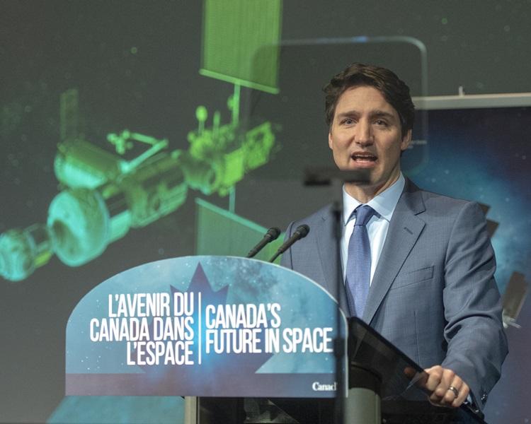 杜魯多宣布加拿大的探月計劃。AP