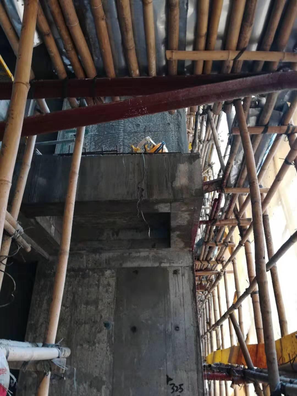 死者當時正在8樓工作。工友提供
