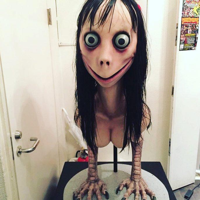 「Momo」創作意念是食屍鬼,主題是關於一個女人在分娩時死亡。網圖