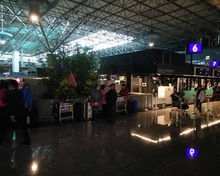 桃园机场今早一度停电。网图