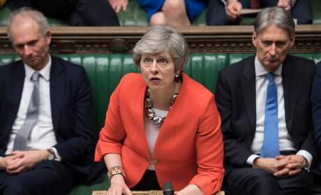 文翠珊(中)表示,议员将要决定英国是否选择在3月29日无协议脱欧。