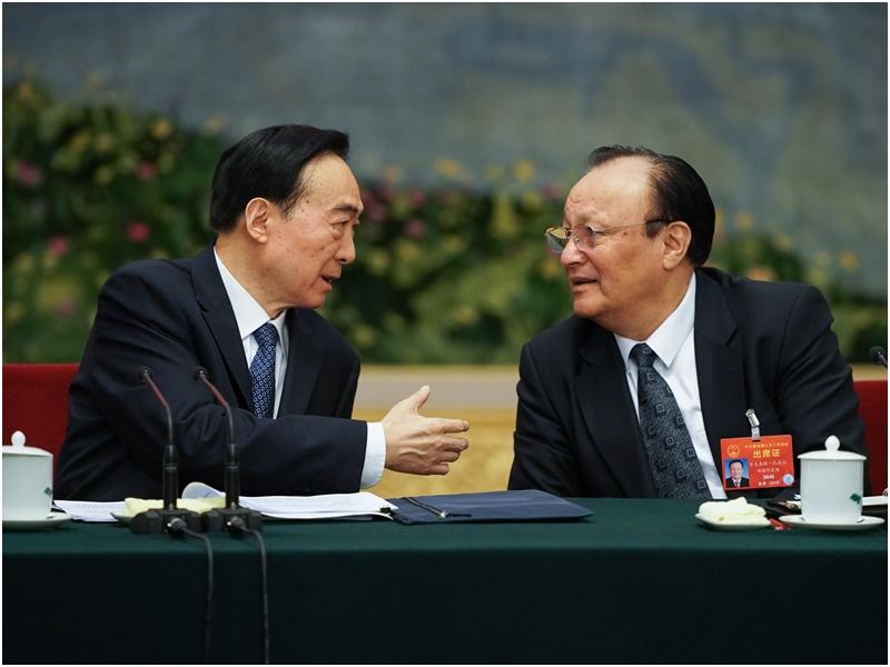 新疆维吾尔自治区主席雪克来提·扎克尔。