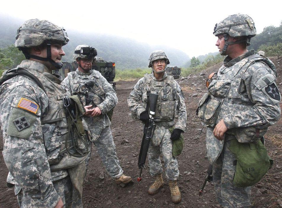 美國國防部昨日簽署一份備忘錄,正式限制變性人參軍。AP