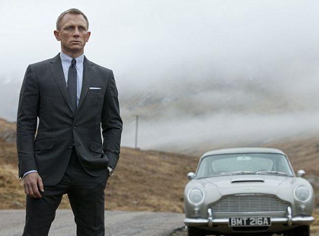 最新铁金刚电影将会引入这款电动车,作为男主角占士邦的座驾。网图
