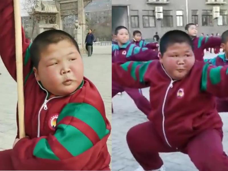 11岁的秦嘉昆习武一年,练武时眼神坚定,满脸都在用力,随便一个样子都可以成为网红表情包。