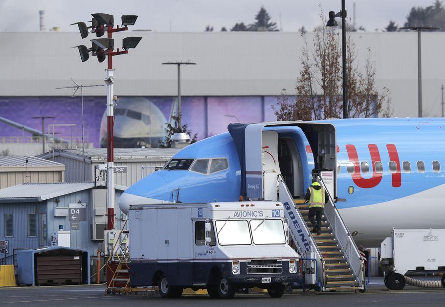 特朗普紧急下令全面停飞波音737 MAX 8及9客机。AP