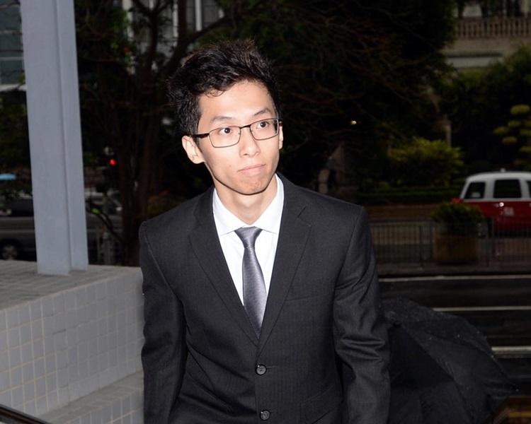 被告黄炜峰被裁定有违公德罪名成立。