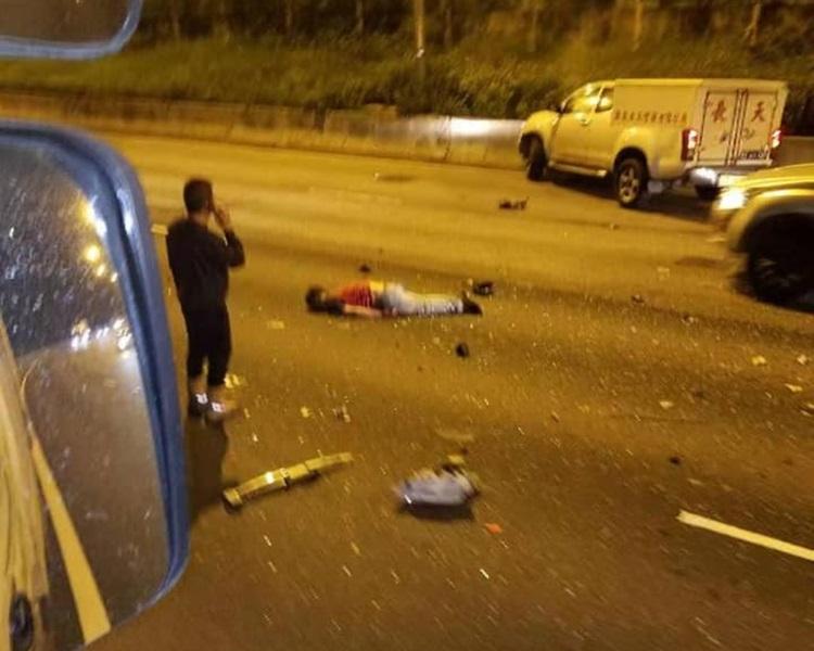 一人抛出车外惨死。kim fung 马路的事讨论区 facebook