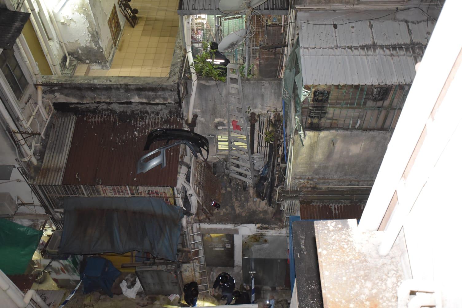 事主爬梯检查外墙水管时,怀疑失足堕楼死亡。
