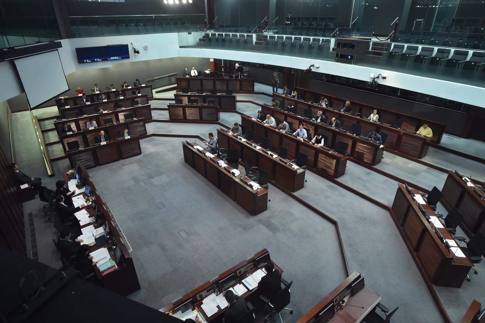 立法會就《國歌條例草案》舉行公聽會。