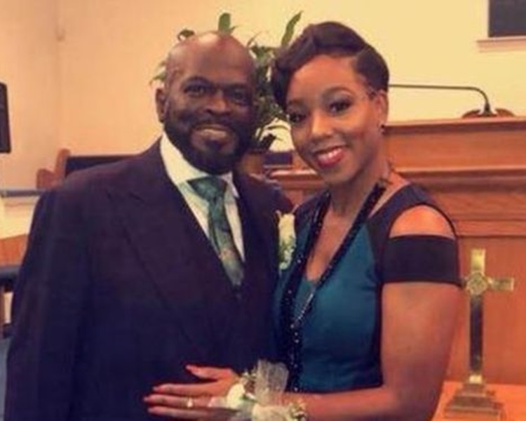 牧师乌泽(左)、养女麦克奈特(右)。Billy Houze facebook