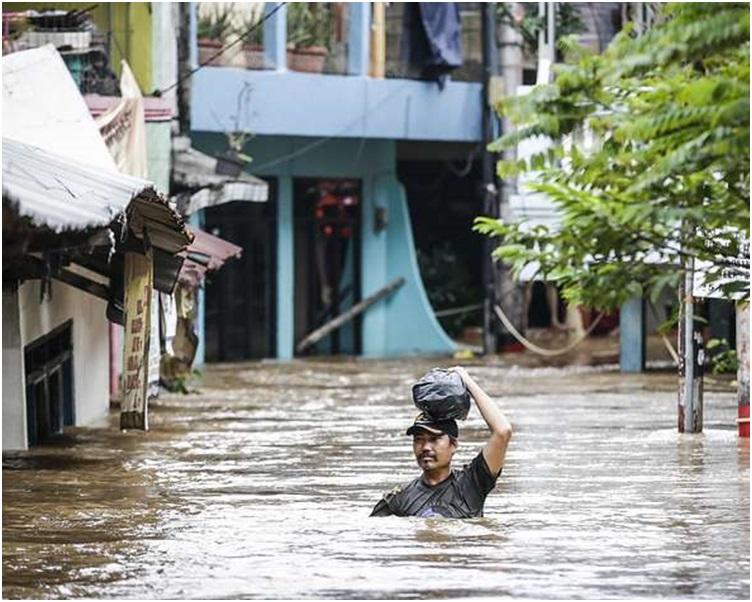 巴布亞省暴雨引發洪災。網圖