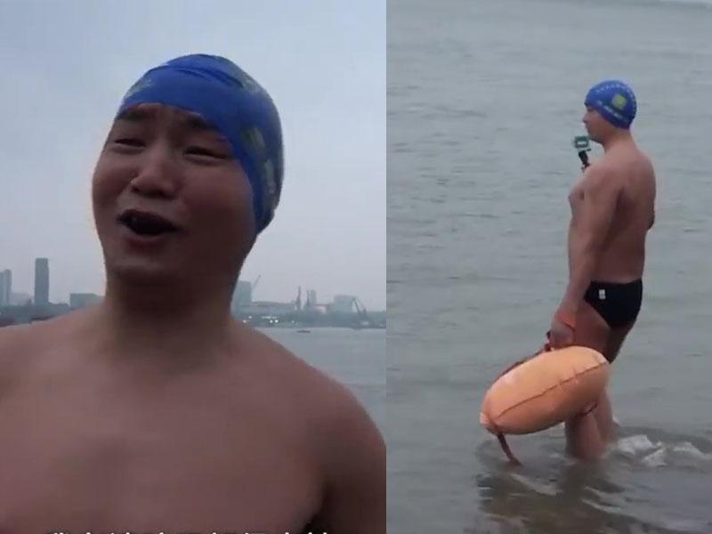53歲大叔每天游泳橫渡長江上下班,11年來從不遲到。(網圖)