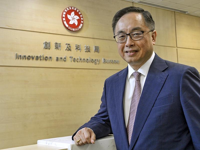 楊偉雄表示多了資金來港,便可開展更多大型項目。