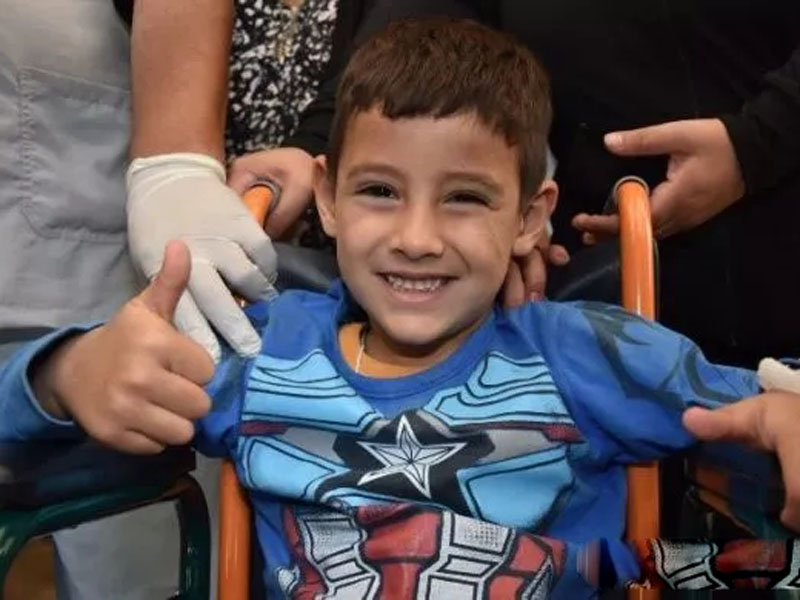 5歲的小男孩桑切斯(Benjamín Sánchez)沙漠徒步21公里,走失24小時,,奇蹟生還。(網圖)