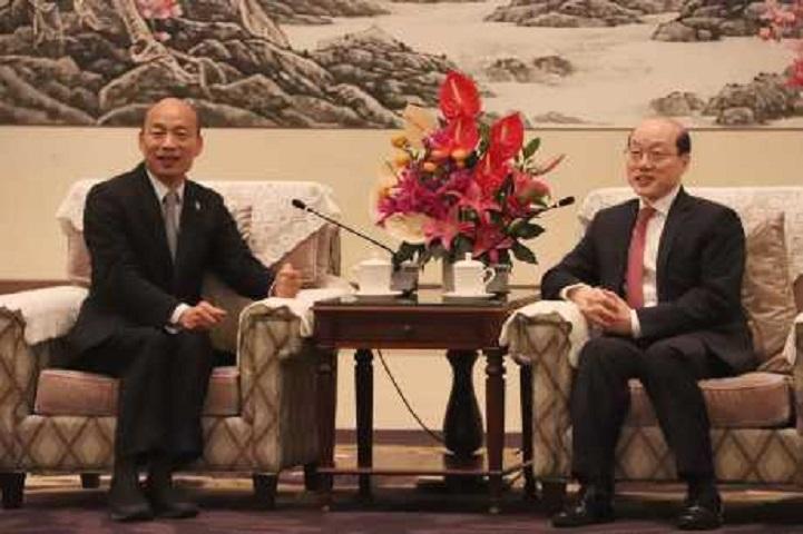 韓國瑜(左)深圳會劉結一。