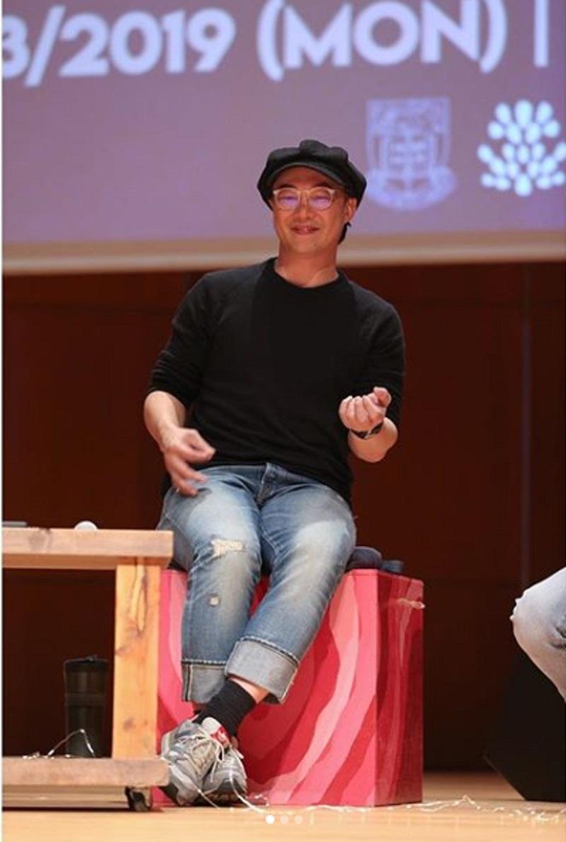 陳奕迅到各大專院校舉行分享會。網上圖片